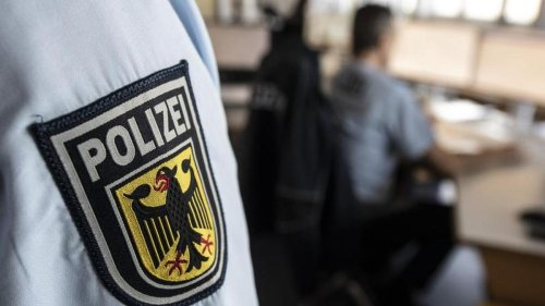 Kriminalität: Frau tot in Wohnung gefunden: Kriminalpolizei ermittelt