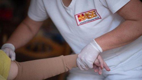 Pflegereform soll Tarifbezahlung bringen - und Entlastungen