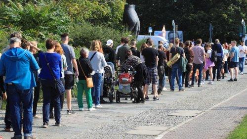 Wahllokale in Berlin: Schwierigkeiten bei der Stimmabgabe in Berlin