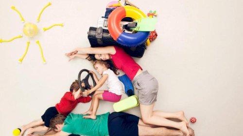 Fahren mit Kindern: Im Auto: So starten Sie entspannt in den Familienurlaub