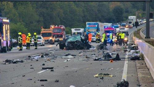 Bei Friedberg: Vier Tote bei verheerendem Unfall in Hessen