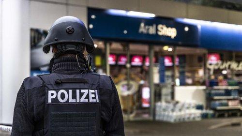 Idar-Oberstein: Mann erschießt Kassierer nach Streit um Corona-Maske