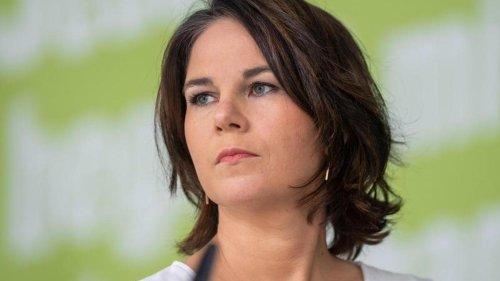 Parteien: Grüne sorgen mit Bildausschnitt ohne Männer für Diskussion