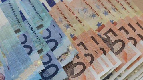Banken: Verbraucherschützer: Streit um Kontogebühren nach BGH-Urteil