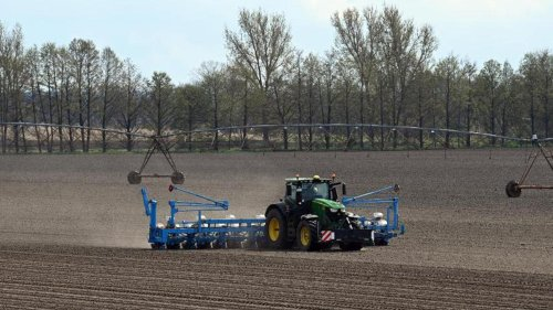 Verhandlungen: Großer Druck: Gespräche zu EU-Agrarreform gehen weiter