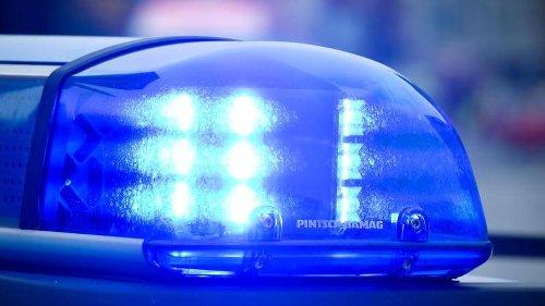 53-jähriger Kleinbusfahrer bei Unfall ums Leben gekommen