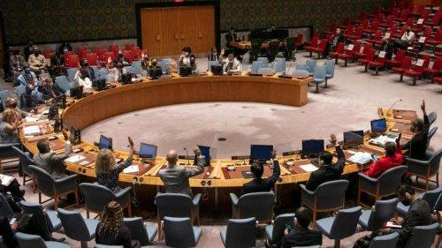 Afghanistan: UN-Sicherheitsrat verlangt von Taliban Regierung mit Frauen