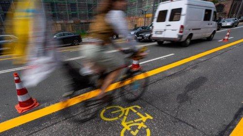 Verkehr: Automobilclub zieht gegen Münchner Fahrradwege vor Gericht