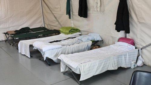 Migration: Einige haben einen Schlafsack dabei, andere gar nichts