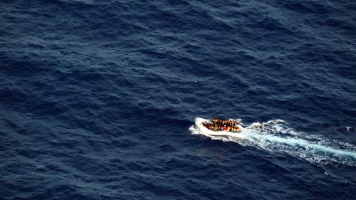 Mittelmeer: Sea-Watch rettet 120 Menschen aus Seenot