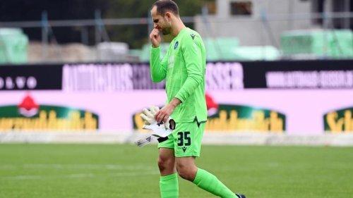 Fußball: Roter Karte: Gersbeck fehlt Karlsruher nur in Düsseldorf