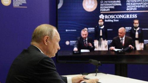 Wirtschaftsforum: Putin: Erster Strang von Nord Stream 2 fertig verlegt