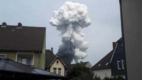 Leverkusen: Toter und Vermisste nach Explosion in Leverkusener Chempark