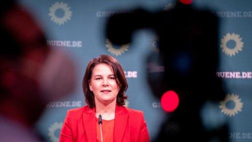 Annalena Baerbock will Kurzstreckenflüge auf Dauer abschaffen