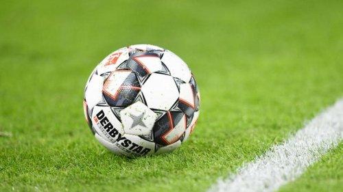 Fußball: Saarbrücken bleibt oben dran: Ärger über Erdmann-Strafe