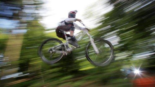Mit dem Mountainbike im Wald: Wann droht ein Bußgeld?