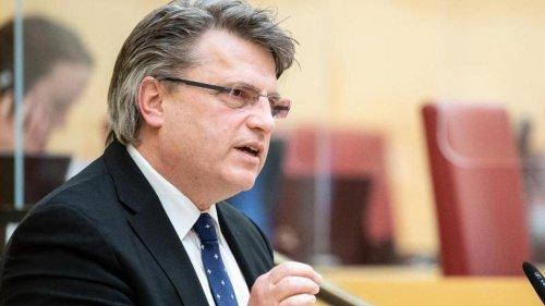 Landtag: Ex-Justizminister Bausback soll Masken-U-Ausschuss leiten