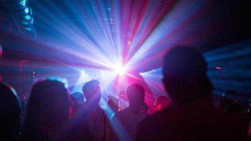 Gesellschaft: Clubs tanzen mit Corona-Pilotprojekt durch die Nacht