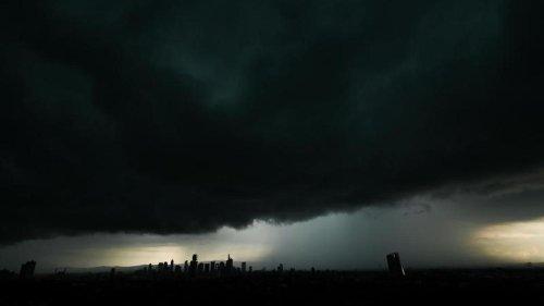 Wetter: Gewitter und Starkregen in Teilen Hessens