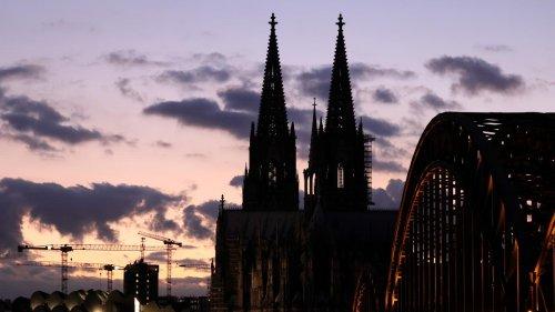 Termine für Kirchenaustritte in Köln erneut rasend schnell ausgebucht