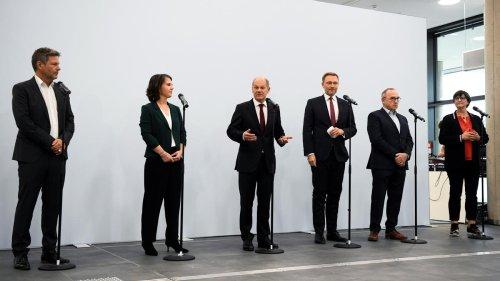 : Parteispitzen von SPD, Grünen und FDP für Koalitionsverhandlungen
