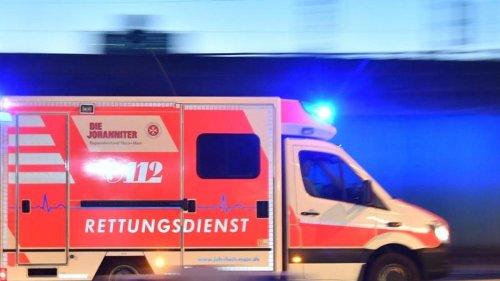 Unfälle: Zwei Verletzte bei Auto-Unfall in Berlin-Wittenau