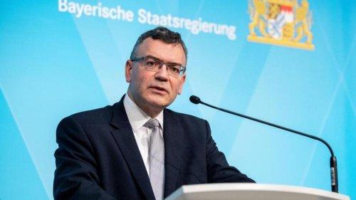 Herrmann: Schulen gehen ab Inzidenz 100 in Distanzunterricht