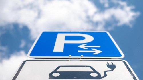Elektromobilität: Einfach, schnell, bequem? Die Probleme beim E-Auto-Ladenetz