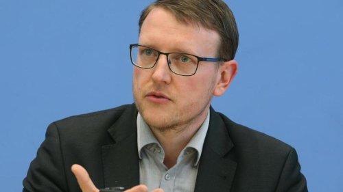Experte: AfD-Einstufung in Wahlkampfjahr ist problematisch