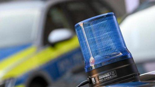 Kriminalität: Überfall an Tankstelle: Kunde mit Messer verletzt