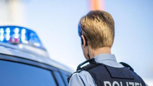 Kriminalität: Mann in Kassel mit Waffe bedroht und ausgeraubt