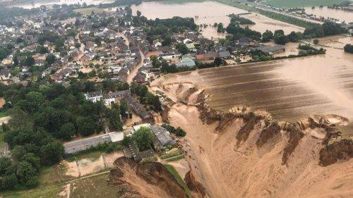 Wetter: Erdrutsch in Blessem: Experten prüfen Abbruchkante