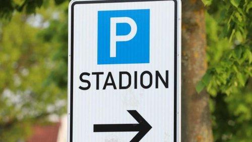 Fußball: Für Besuch beim HSV: Parkplatz Braun teilweise gesperrt