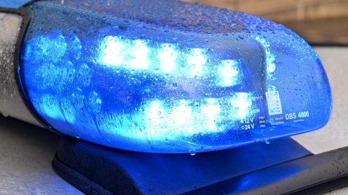 Unfälle: Wer hatte Rot? Motorradfahrer stirbt bei Unfall an Kreuzung