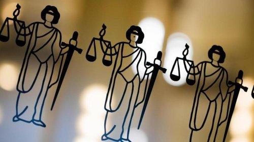 Prozesse: Fast tödliche Messerstecherei: Polizeianwärter vor Gericht