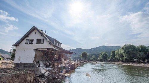 Hochwasserkatastrophe: Kläranlagen beschädigt: Abwasser fließt ungeklärt in die Ahr