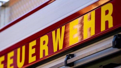 Brände: Hoher Schaden bei Wohnhausbrand in Karlsruhe