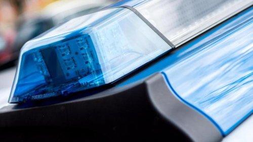 Kriminalität: 16-Jährige missbraucht Notruf: Familie lacht Polizei aus