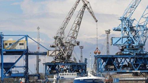 Schifffahrt: Hafen Rostock mit Umschlagrekord im ersten Halbjahr