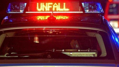 Unfälle: Drei Schwerverletzte bei Unfall auf Bundesstraße