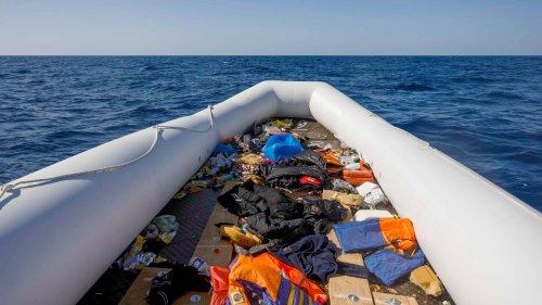 Libyen: Mindestens 57 Menschen bei Bootsunglück ertrunken