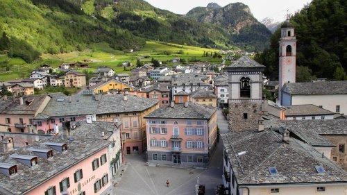 Palazzi in Poschiavo: Bröckelnde Prachtbauten