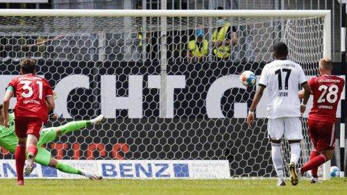 Fußball: SV Sandhausen zahlt gleich Lehrgeld: 0:2 gegen Düsseldorf