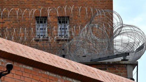 Rechtsextremismus: Polizistin schreibt Briefe an Attentäter von Halle