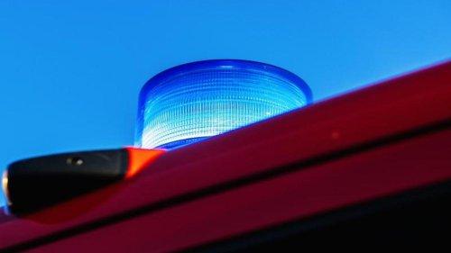 Notfälle: Feuerwehr rettet Fensterputzer aus defekter Gondel
