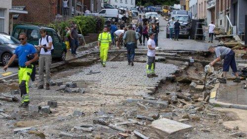 Überschwemmungen: Unwetter in Belgien: Autos weggespült und Häuser evakuiert