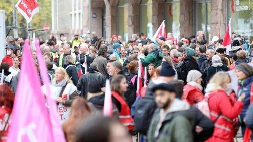"""Tarife: Beamtenbund ruft vor Tarifverhandlungen zu """"Prozentlauf"""" auf"""