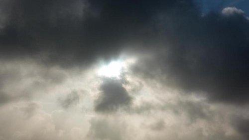 Wetter: Viele Wolken am Wochenende: Etwas Regen am Sonntag