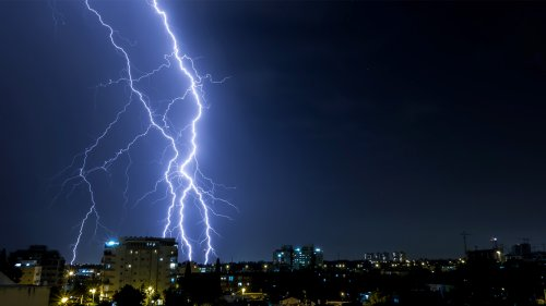 Lightning Strikes Hard In India - Zenger News