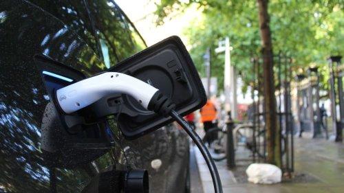 Robo Drop: Driverless Taxis To Start Carrying Passengers - Zenger News